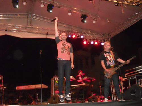 Cargo, Voltaj, Alex Velea şi Lora concertează la Negreşti