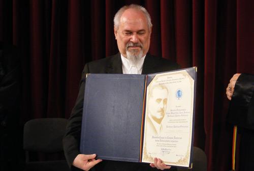 Titlul de Doctor Honoris Causa pentru Mircea Florian