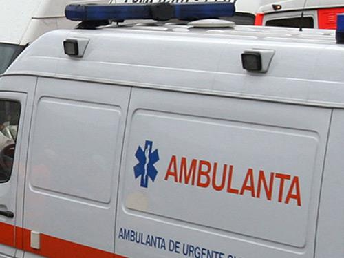 Accident cu trei răniţi în Vetiş