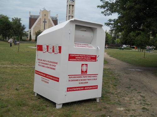 Containere pentru îmbrăcămintea și încălțămintea pe care nu le folosiți!