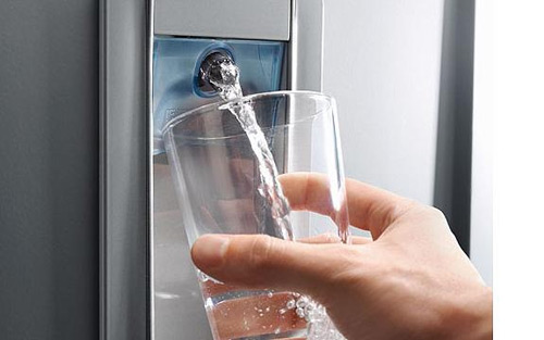 Dozatoare cu apă, pentru caniculă