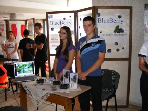 Elevii-întreprinzători şi-au prezentat ideile de afaceri la expoziţia finală JOINTEC