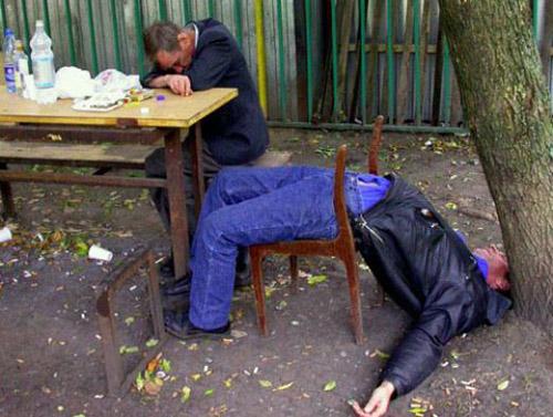 Au băut până au ajuns la spital