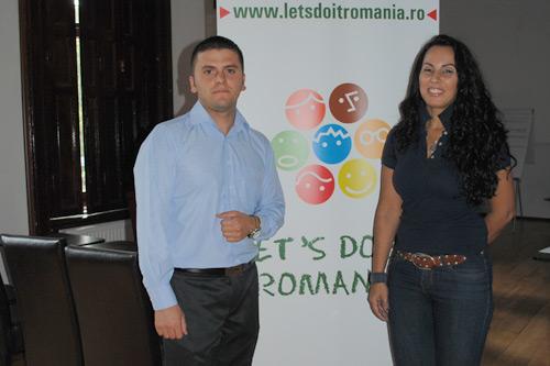 Let's do it România, îmbrăcată în rahat politic la Satu Mare