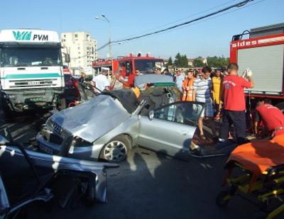Accident cu doi morți pe podul Decebal