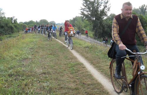Cu bicicletele până la graniță! (foto)