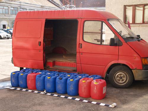 646 litri de alcool fără documente de proveniență