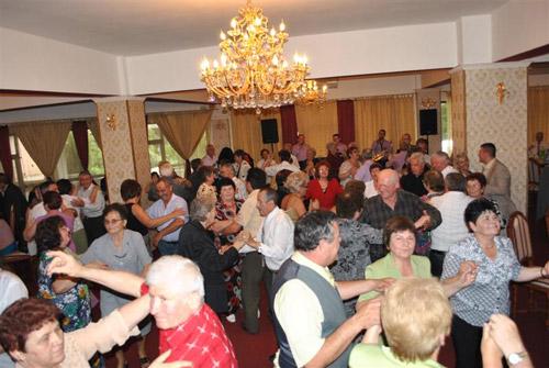 """Bal la """"Paloma"""", de Ziua Internațională a Vârstnicilor"""