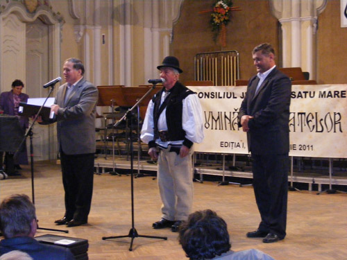 Luminătorii satelor – premiaţi astăzi la Filarmonică
