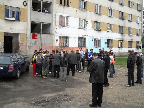 Țiganii de pe Ostrovului își fac asociație de locatari