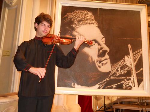 """Valentin Șerban – câștigătorul concursul internațional de vioară """"Ștefan Ruha"""""""