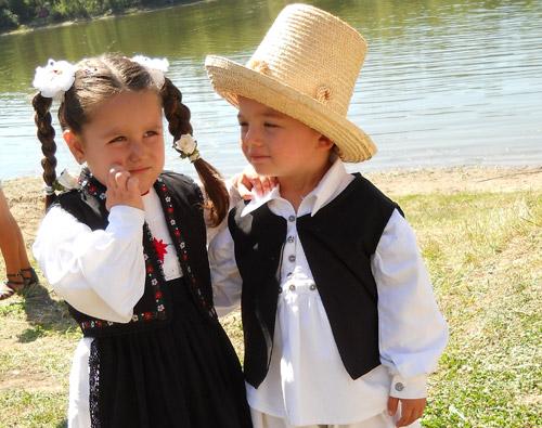 Danțu' mânânțăilor – festival-concurs de folclor pentru copii