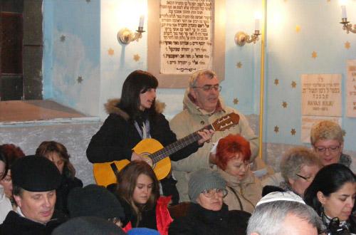 Evreii sătmăreni sărbătoresc Hanuka