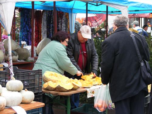 Prețurile la piață, sâmbătă de dimineață