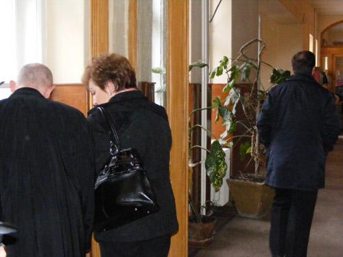 """Conducerea Tribunalului Satu Mare """"supărată"""" pe Mariana Popa şi Ioan Ulici"""