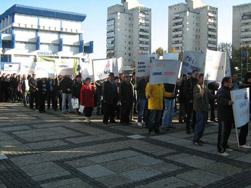 Sindicaliştii sătmăreni ies azi în stradă