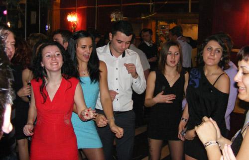 Super petrecere la Revelionul tinerilor social-democraţi