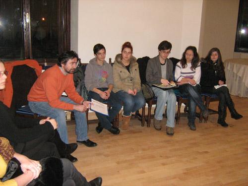 Consiliul Local al Tinerilor Carei, la prima întâlnire din 2012