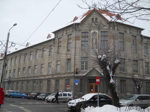 Peste 1,5 milioane lei chirie anuală pentru şase şcoli din Sătmar