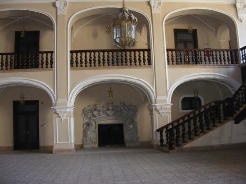 Castelul Karolyi şi Muzeul Ţării Oaşului printre cele mai frumoase obiective turistice din România