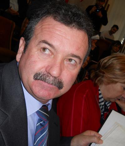 Consilierul local Dumitru Godîncă s-a autosuspendat din PDL