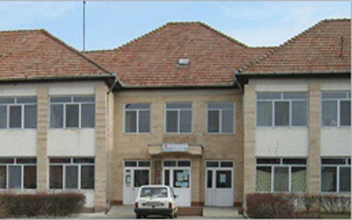 Licitaţie pentru lucrările de reabilitare a Pediatriei Tăşnad