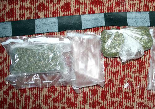 Traficanți de droguri trimiși în judecată