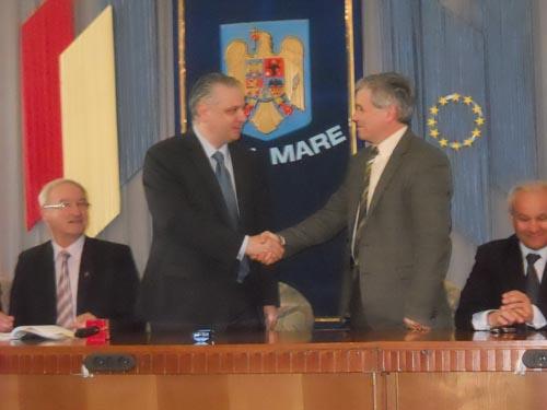 A fost semnat contractul de finanţare pentru reabilitarea Teatrului de Nord