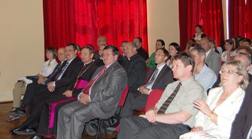"""Grupului Şcolar Teologic """"Sfântul Iosif de Calasanz"""" din Carei – 20 de ani de activitate"""