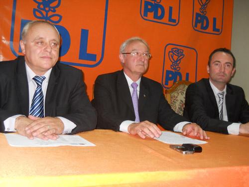 Cosmin Raţiu: USL este o alianţă conjuncturală. La toamnă se desparte!