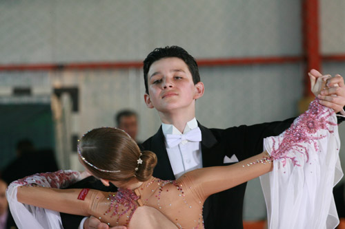 Dansatorii de la Royal Dance Club au excelat la concursul de la Baia Sprie