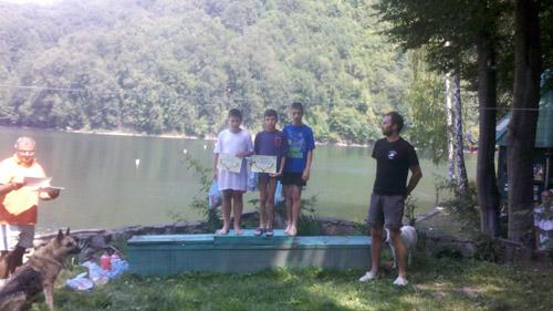 Concurs de caiace pe lacul Firiza