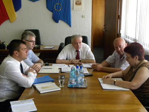 Prefectul, Președintele CJ și Primarul municipiului se vor întâlni săptămânal