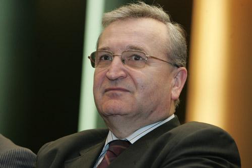 Vasile Pușcaș vine marți la Satu Mare