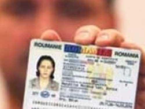 Program prelungit la ghişeele pentru eliberarea actelor de identitate