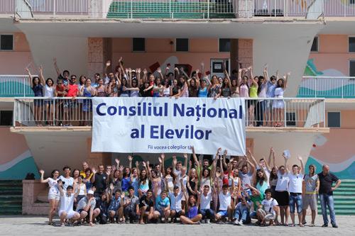Sătmăreni premiați la școala de vară a Consiliului Național al Elevilor