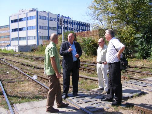 Se are în vedere redeschiderea traficului peste calea ferată de pe strada Cimitirului