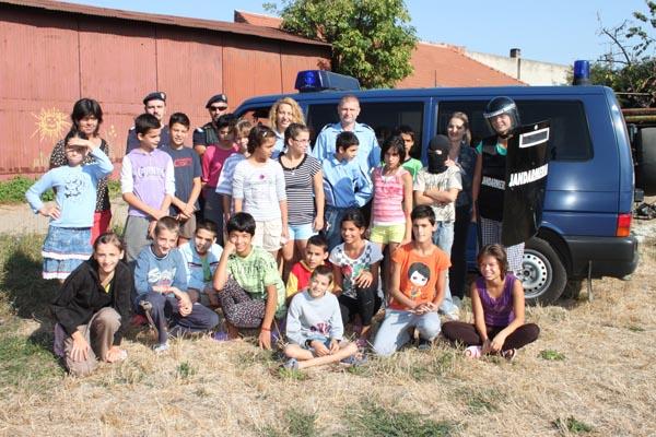 Jandarmii au vizitat casa de copii Diana