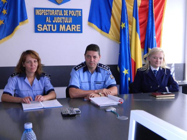 Polițiștii vin în sprijinul elevilor