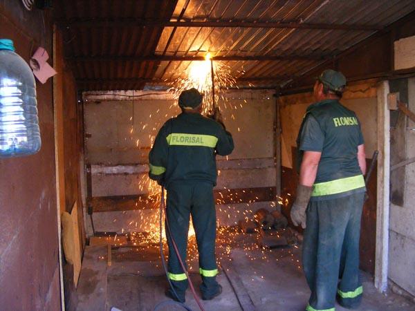 Scandal în Micro 16 din cauza demolării a patru garaje(foto+video)
