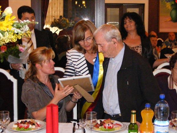 """""""Nuntă de Aur"""" pentru 35 de cupluri din Negreşti-Oaş"""