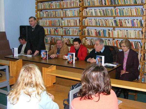 Lansare de carte la Biblioteca Judeţeană Satu Mare