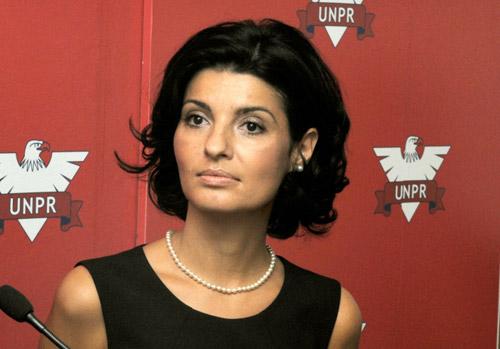 Scandal monstru în UNPR: Lavinia Şandu îi cere demisia lui Gabriel Oprea