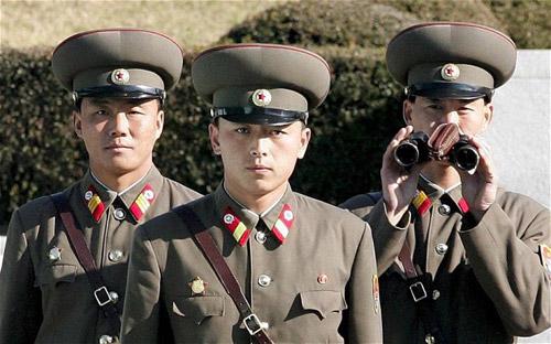 Un ofițer nord-coreean a fost EXECUTAT CU TUNUL