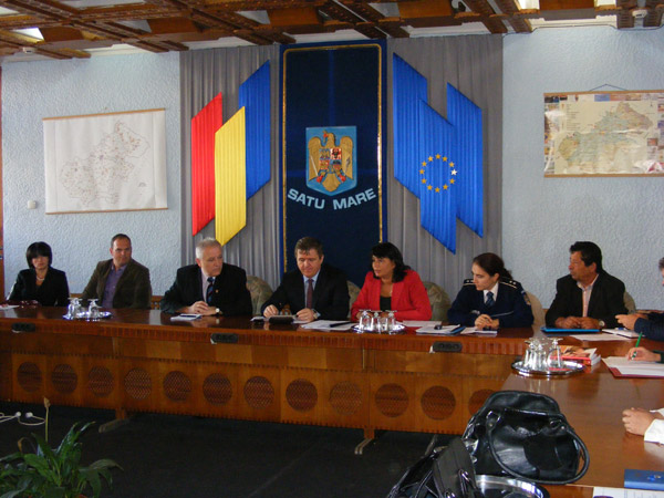 Romii și-au spus ofurile în cadrul unei ședințe cu reprezentanții instituțiilor publice