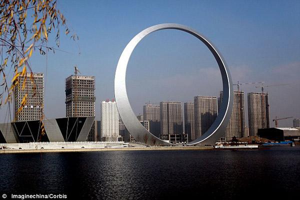 Chinezii au construit o structură misterioasă numită inelul vieții