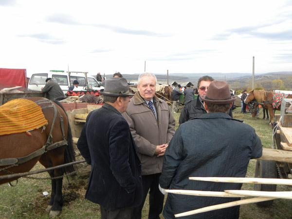 Cetăţenii din zona Hododului cer sprijinul prefectului Eugeniu Avram