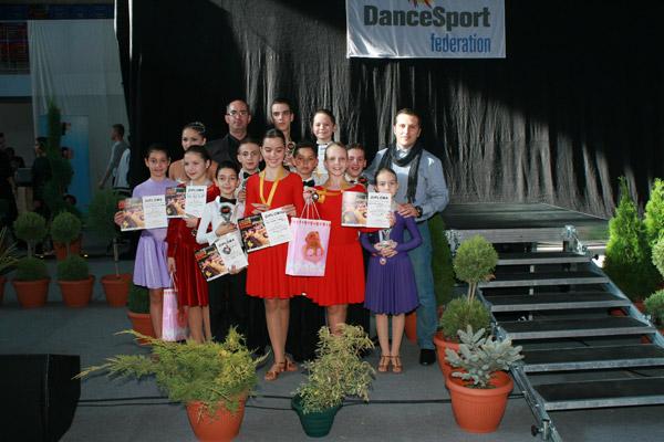 "Şapte medalii pentru ""Royal Dance Club"" la ""Varadium Dance Festival"""