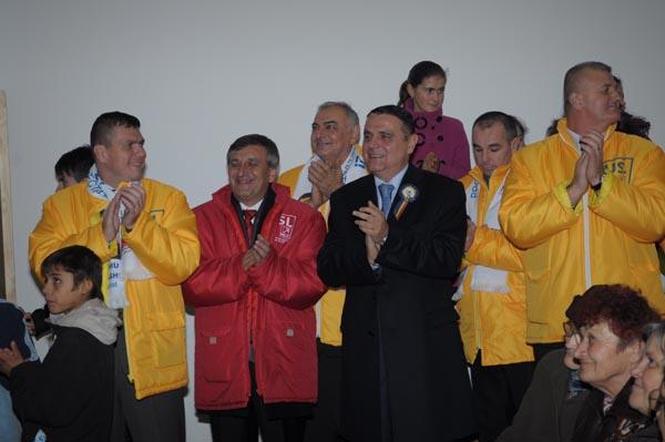 Ministrul Transporturilor Ovidiu Silaghi în turneu electoral în colegiul 2