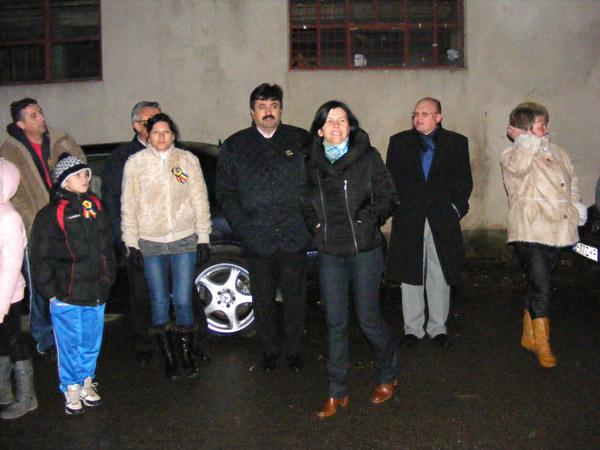 A fost pornit iluminatul public din zona blocurilor ANL de pe Cloşca